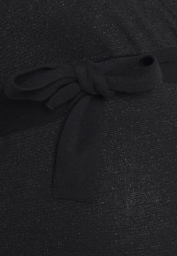 MAMALICIOUS - MLELVA TESS DRESS - Pletené šaty - black - 2