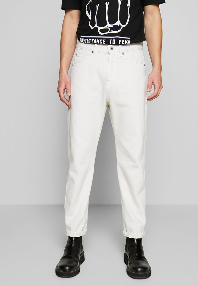 BEN - Vaqueros slim fit - used white