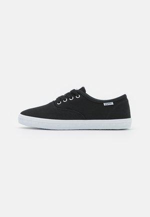 NITA - Sneaker low - black