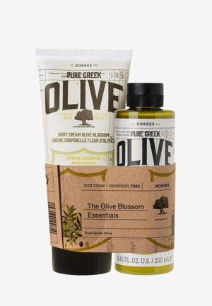 OLIVE BLOSSOM BODY CARE SET  - Bath and body set - -