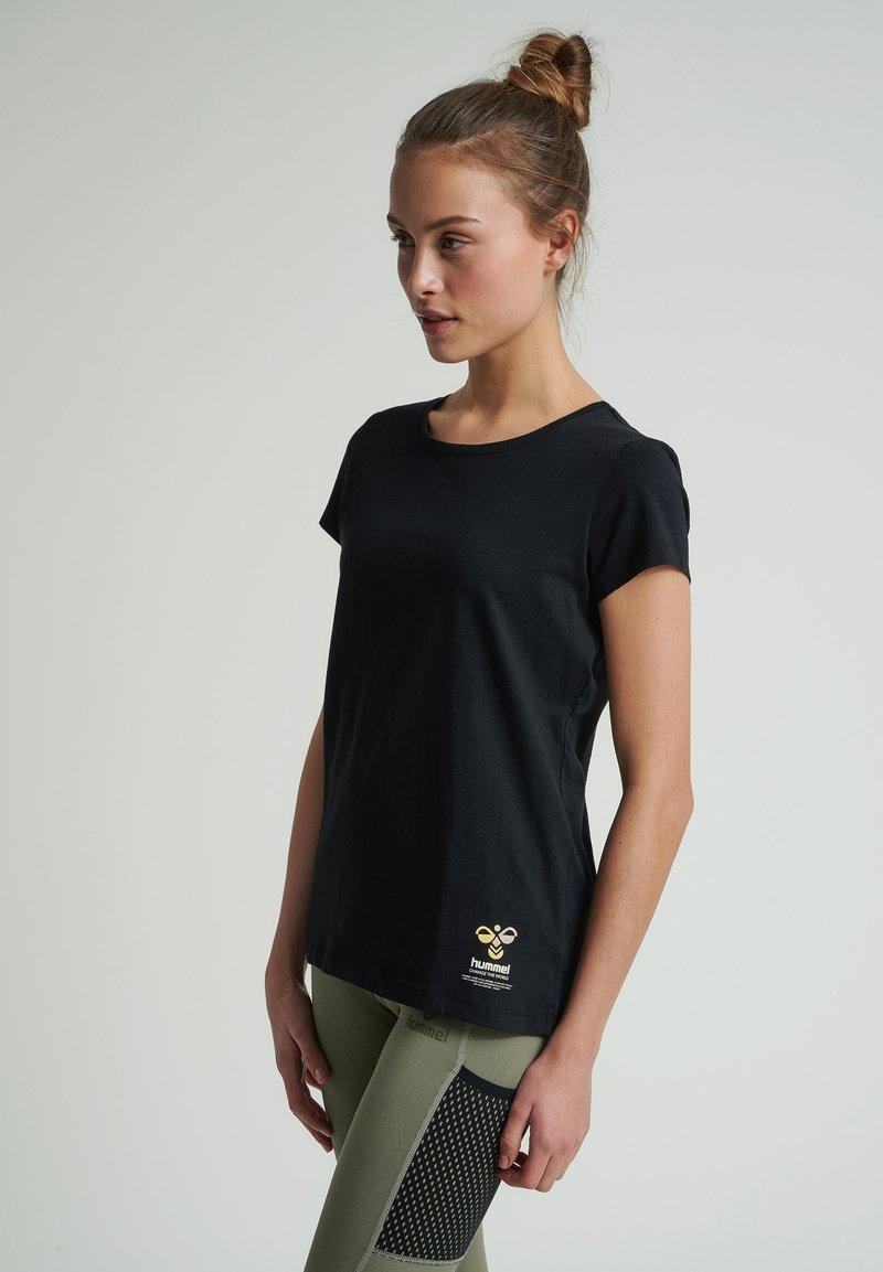 Hummel - SCARLET - Basic T-shirt - black