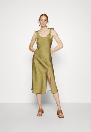 TIE SHOULDER SLIP DRESS - Day dress - army/pink