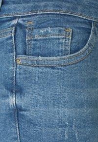Dorothy Perkins - NIBBLE DARCY - Jeans Skinny Fit - light wash denim - 2