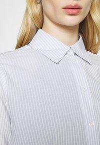 Weekday - GWEN  - Button-down blouse - blue/white - 4