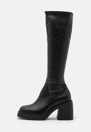 BROOKE - Platåstøvler - black