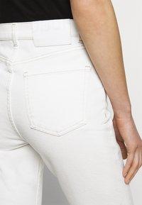 HUGO - GAYANG - Jeans straight leg - natural - 3