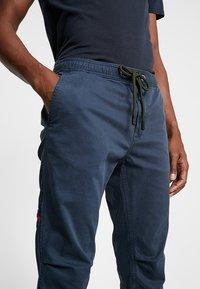 Superdry - CORE UTILITY PANT - Trousers - drift blue - 3