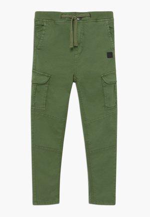 GERMALDO - Cargo trousers - vineyard green