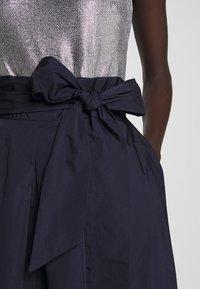Lauren Ralph Lauren - MEMORY TAFFETA DRESS COMBO - Vestido de cóctel - lighthouse navy - 7