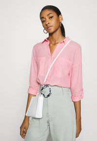 b.young - BYFIE - Button-down blouse - sorbet pink - 3