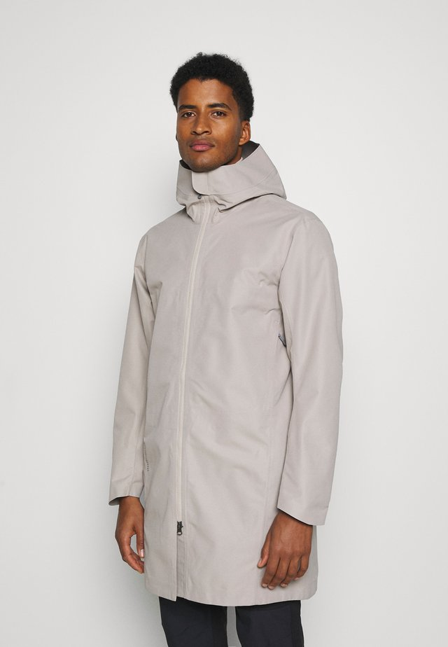 ONE PARKA - Giacca hard shell - sandstorm