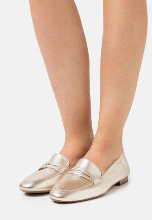 GERLIS - Loafers - platin corfu