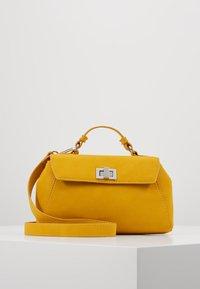Gina Tricot - STINA MINI BAG - Bolso de mano - yellow - 0