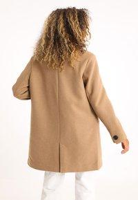 Pimkie - Krótki płaszcz - orangebraun - 2