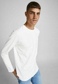 Jack & Jones - BASIC - Long sleeved top - blanc de blanc - 3