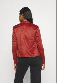 ONLY Petite - ONLFLEUR JACKET PETITE - Faux leather jacket - red ochre - 2