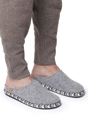 NABOR-FP - Mules - gris