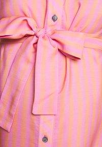 Pietro Brunelli - CAROLINA - Košilové šaty - coral orange - 2