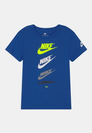 CASCADING FUTURA AIR TEE - Triko s potiskem - game royal