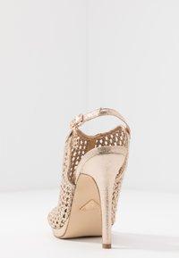 Laura Biagiotti - Sandaler med høye hæler - star light gold - 5