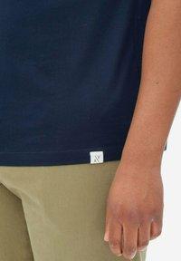 Nowadays - Polo shirt - sky captain - 3
