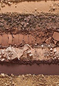 bareMinerals - GEN NUDE EYESHADOW PALETTE - Eyeshadow palette - latte - 3