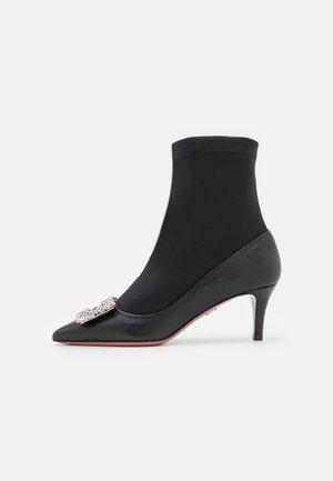SARA  - Classic ankle boots - nero