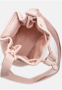 UGG - Across body bag - quartz - 3