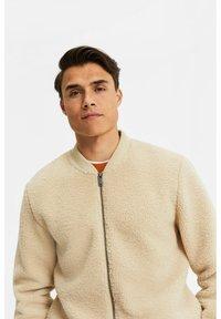WE Fashion - Fleece jacket - beige - 4