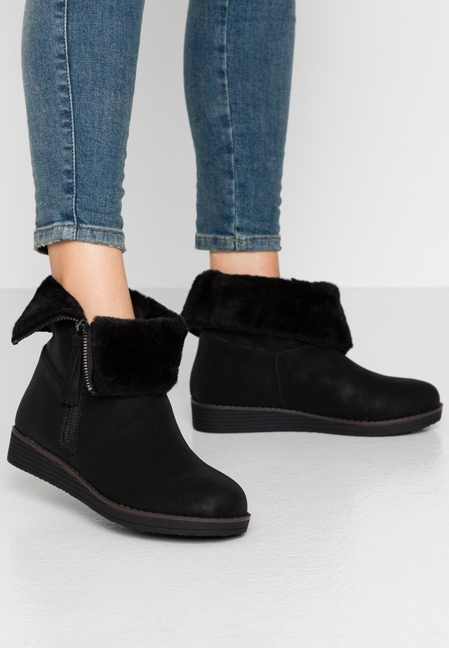 WIDE FIT ASHLEY - Ankle boots - black