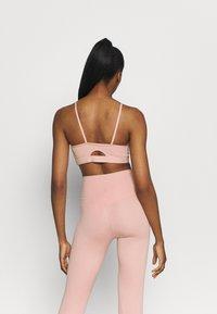 Nike Performance - INDY YOGA ESSENTIALS BRA - Light support sports bra - pink glaze/rust pink - 2
