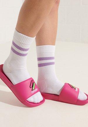 PATCH - Sandały kąpielowe - cantina pink