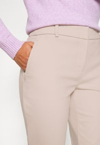 Forever New Petite - MINDY PANT - Trousers - dusty blush - 3