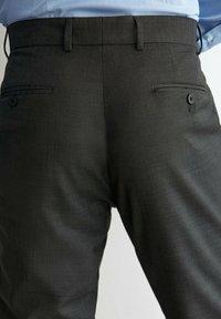 Massimo Dutti - Suit trousers - dark grey - 4