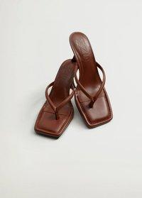 Mango - LULU - Sandály na vysokém podpatku - orange brûlé - 5