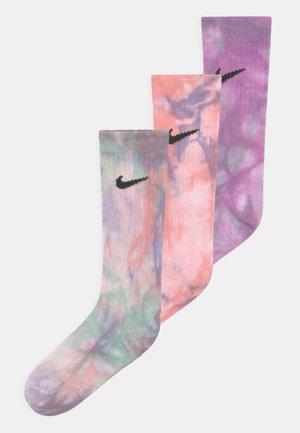 TIE DYE CREW 3 PACK UNISEX - Socks - arctic punch