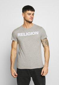 Religion - REFLECT TEE - Triko spotiskem - grey marl - 0