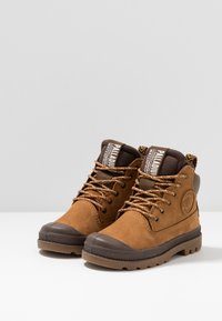 Palladium - OUTSIDER WP - Lace-up ankle boots - mahogany - 3