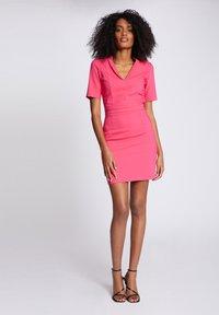 Morgan - Shift dress - neon pink - 1