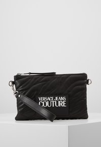 Versace Jeans Couture - QUILTED POUCH WITH STRAP - Pochette - nero - 4