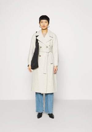 DOUBLE BREASTED MAXI WRAP COAT - Kåpe / frakk - ivory