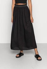 ONLY - Veckad kjol - black - 0