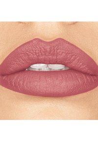 bareMinerals - GEN NUDE MATTE LIQUID LIPCOLOR - Liquid lipstick - swag - 1