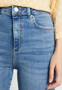 Gina Tricot - Jeans Skinny Fit - mid blue - 4