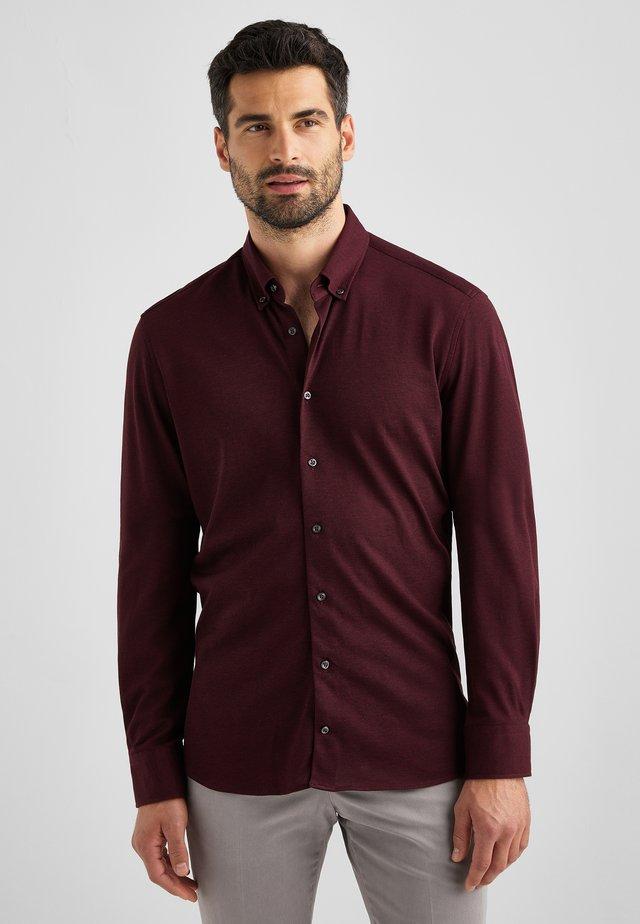 BRAD - Zakelijk overhemd - tawny port