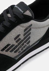 Emporio Armani - Sneakersy niskie - black - 6