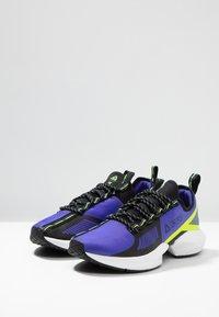 Reebok - SOLE FURY TS - Zapatillas de entrenamiento - purple/black/neon lime - 2