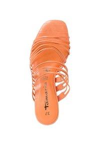 Tamaris - Klapki - peach neon - 2