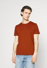 Burton Menswear London - 5 PACK - T-shirt - bas - khaki - 6