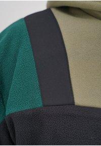 sergio tacchini - BLISS  - Fleece jumper - blk/botnic - 4